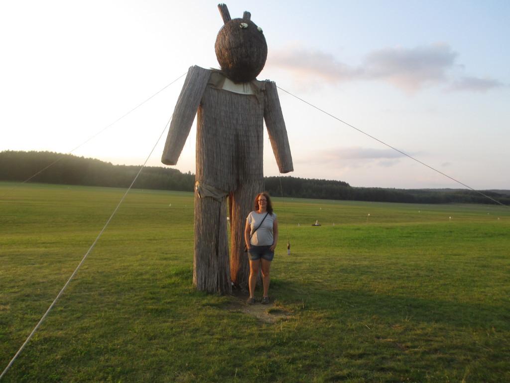 Die Statue neben der Piste